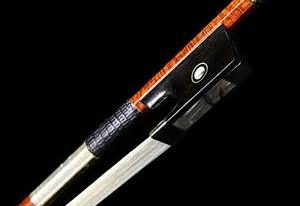 violin-bow-from-beneath